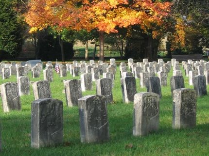 Modern photo of Antietam National Cemetery in the fall