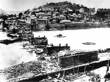 Wartime photograph of Harpers Ferry