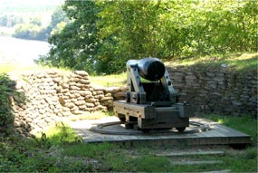 Large cannon overlooking the James River at Drewry's Bluff.