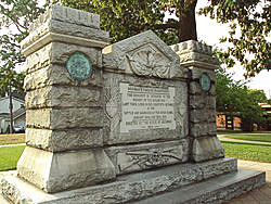 River_Raisin_monument250w