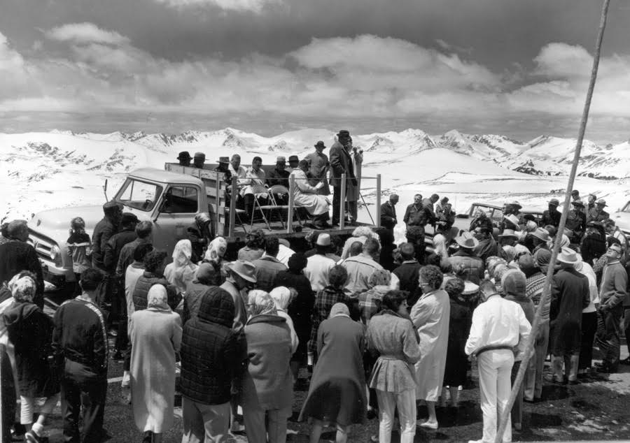 Crowds gathering to witness the opening of Trail Ridge Road.