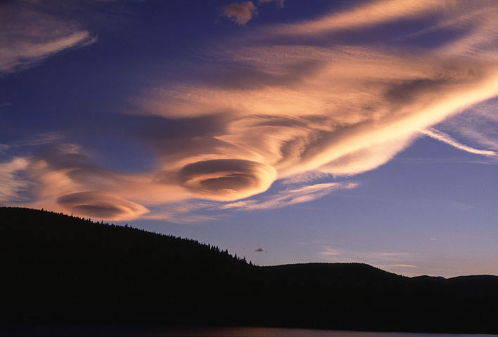 a photo of  lenticular clouds
