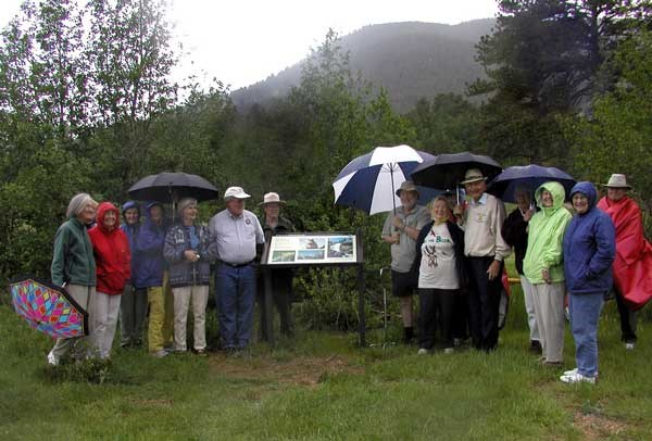 a photo of League of Women Voters dedicating wayside sign