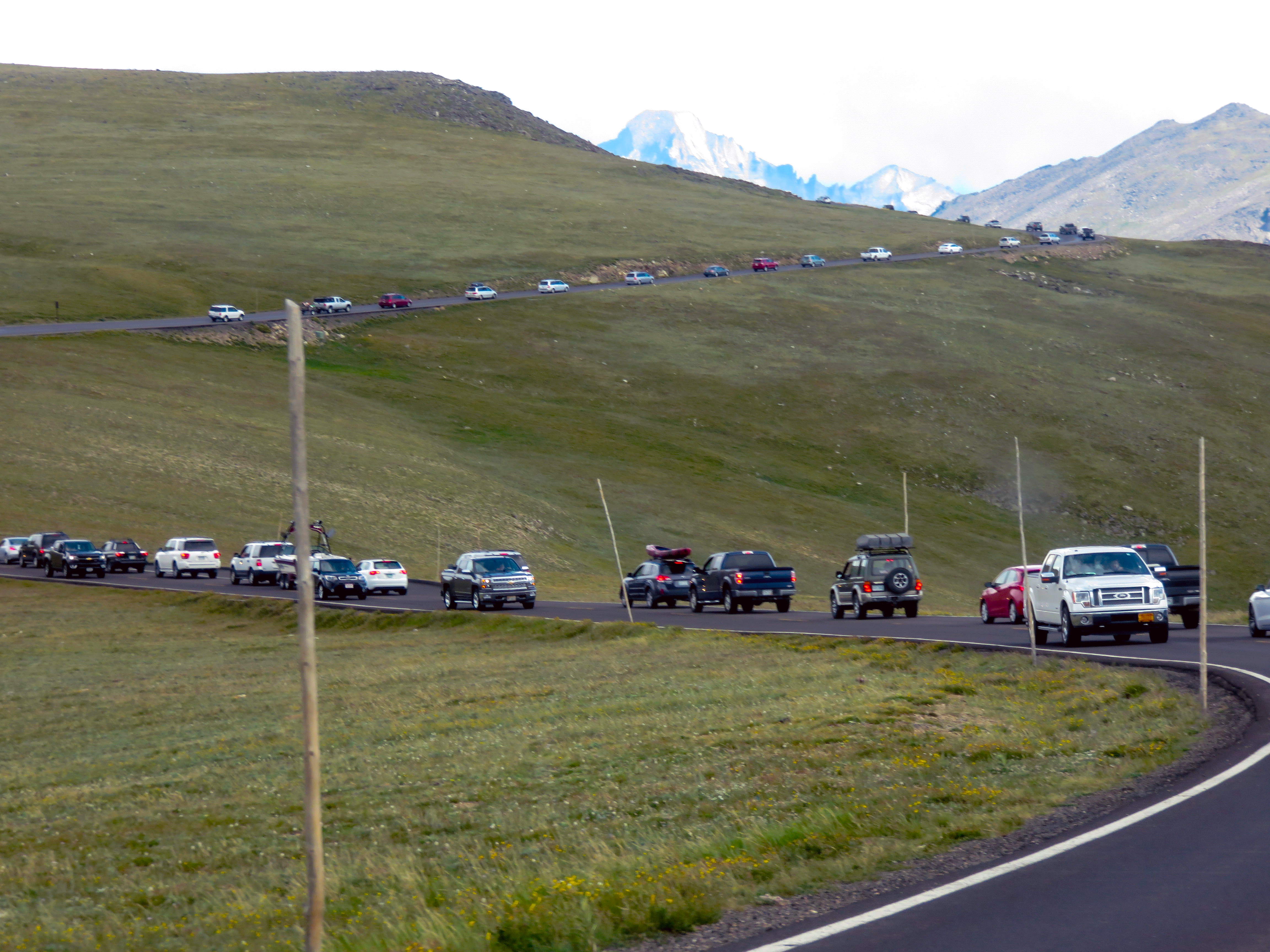 Vehicle congestion on Trail Ridge Road