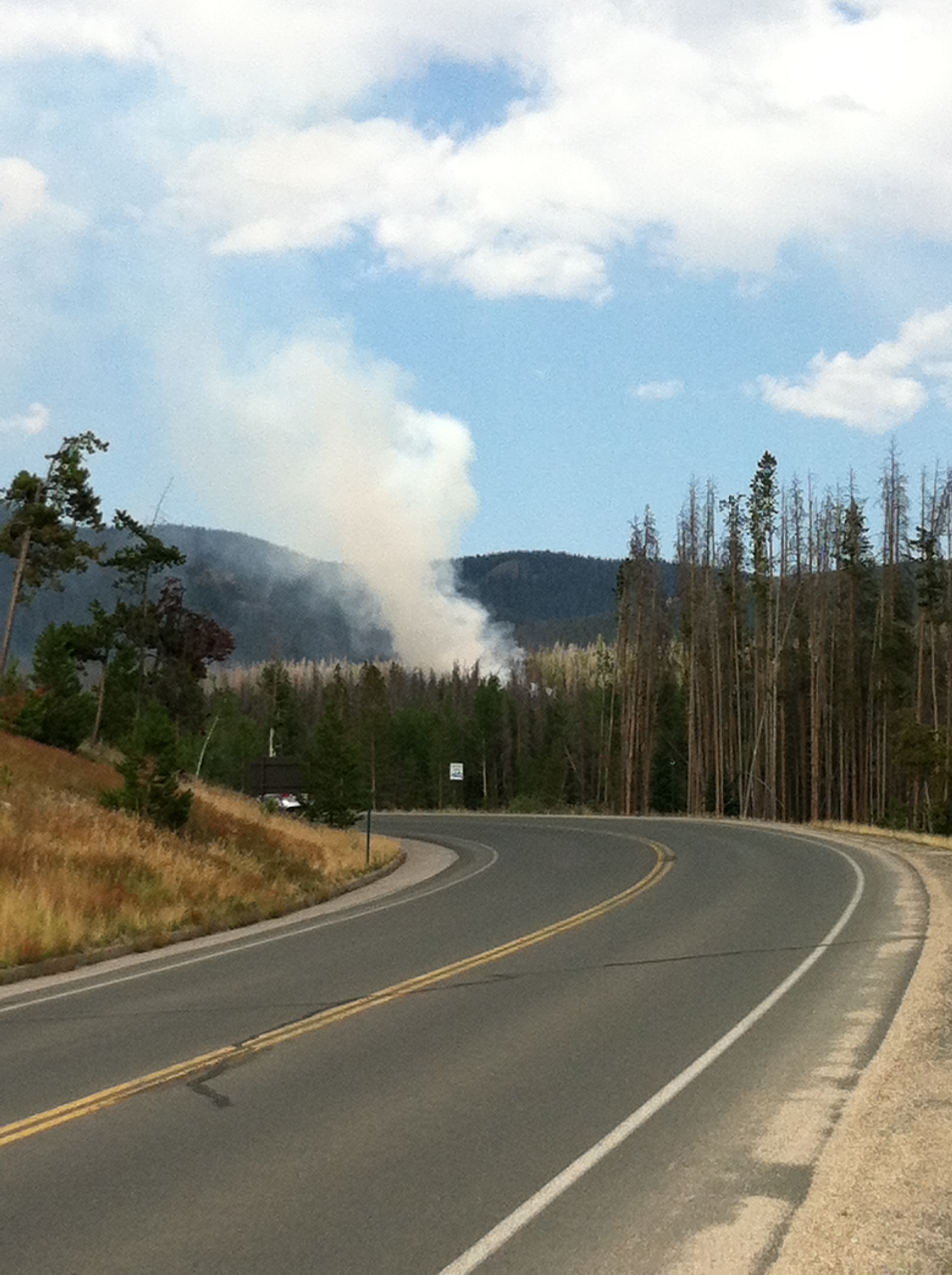 Tonahutu Fire Photo From US 34 in Rocky Mountain National Park