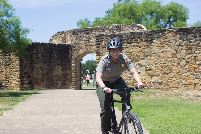 hike and bike trail san antonio missions national historical park