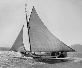 The sloop yacht Kathleen sailing on San Francisco Bay in 1910. NPS Photo P83-019a.882g.