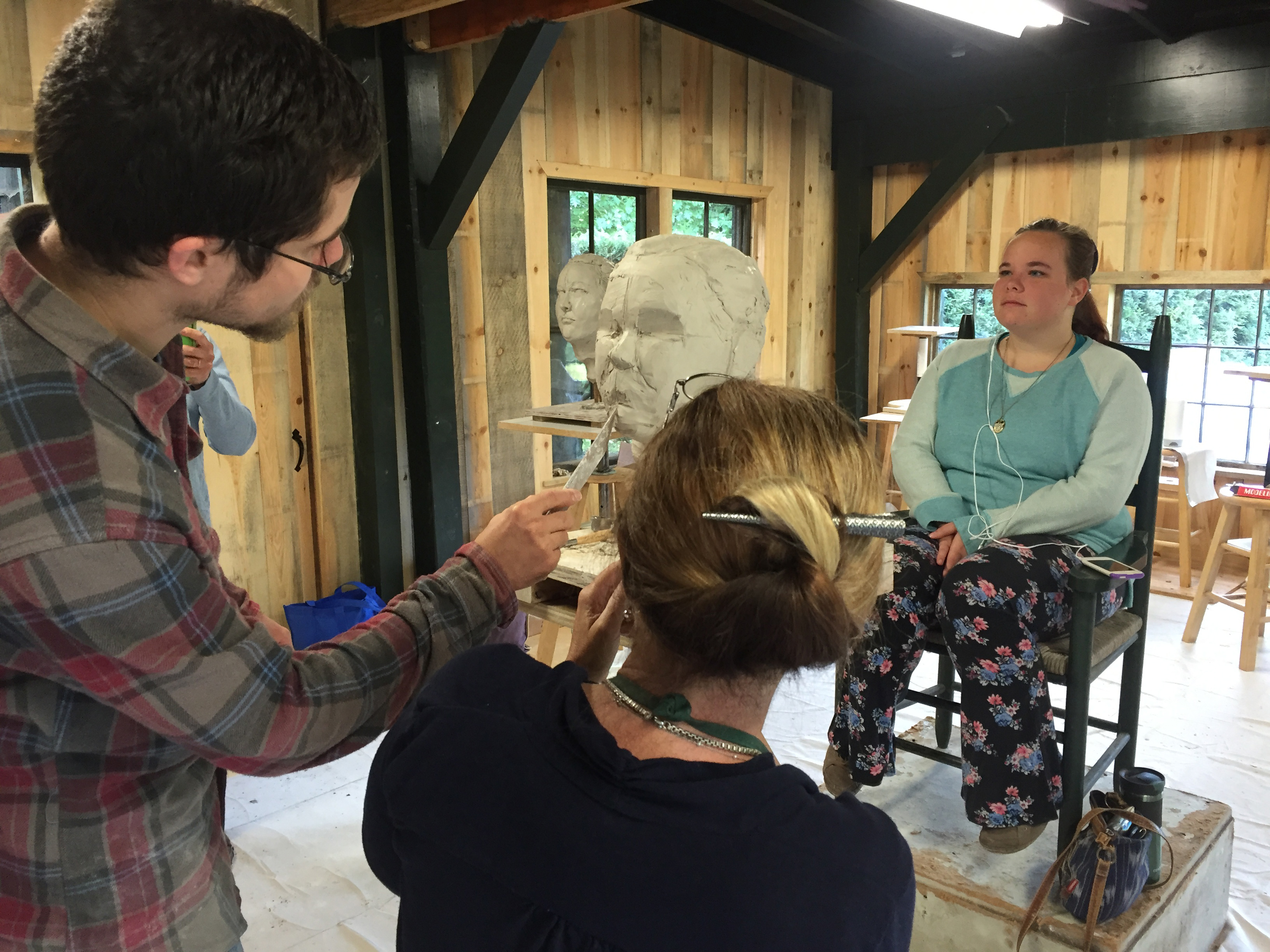 Sculptor Morgan Dummit (2016) teaching portrait sculpture class