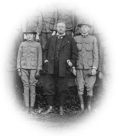Theodore Roosevelt with boy scouts.
