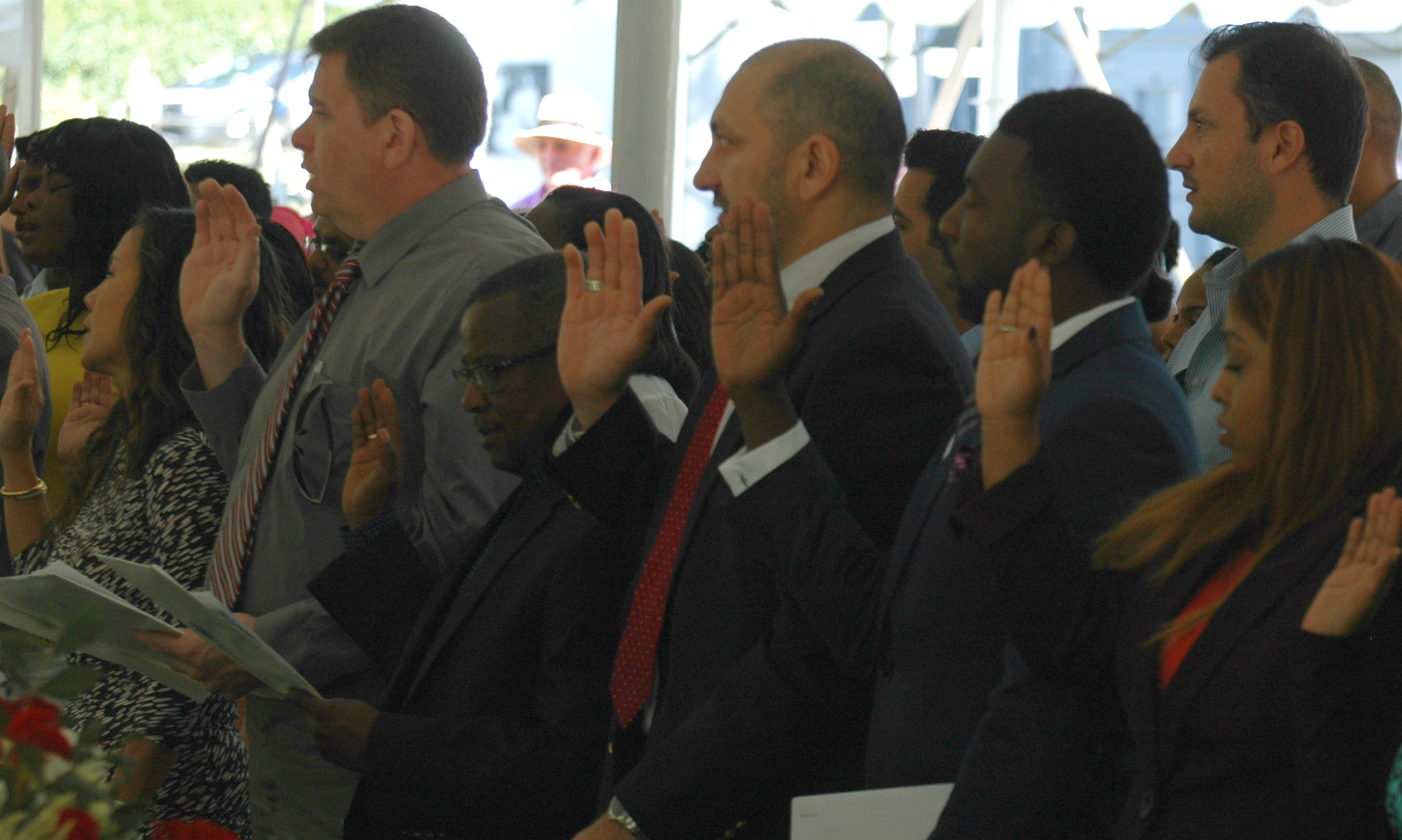 People from around the world taking the oath of citizenship. NPS/Clayton Hanson