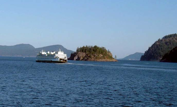 ferry in the islands