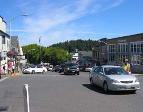Ferry traffic moves up Spring Street in Friday Harbor.