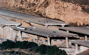 A section of the CA-14 /I-5 interchange collapses as a result of the 1994 Northridge Earthquake.