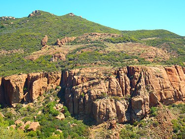 A view of the Echo Cliffs from the Mishe Mokwa Trail at Circle X Ranch.
