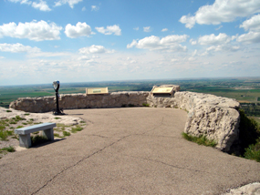 The North Overlook at the summit of Scotts Bluff National Monument