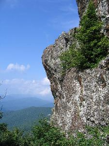 Greenstone cliff on Stony Man Mountain