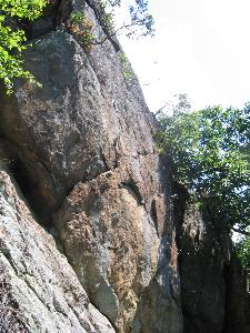 Granitic rock below Hogback Mountain