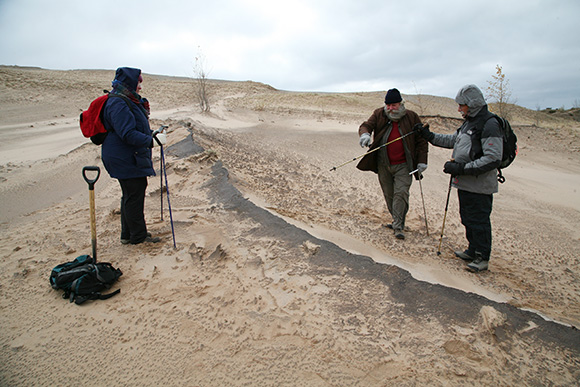 Researchers-on-Dune