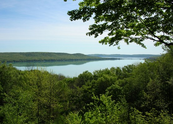 Glen Lake Overlook