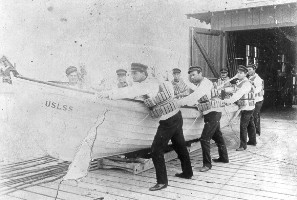 Historic Photo of surfboat and crew