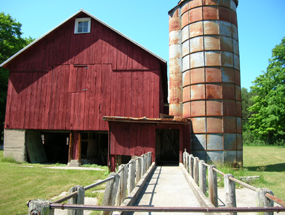 Tweddle Barn, Silo, and Feed Bunk