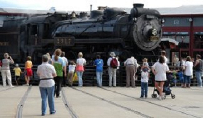 Visitors observe CP #2317 on the turntable