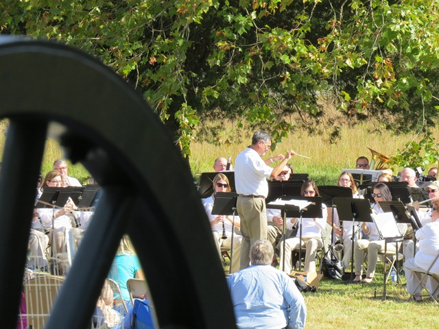 The Tennessee Valley Winds play on the battlefield.