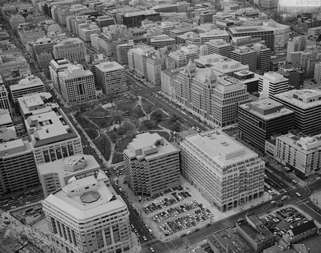 An aerial view of Franklin Square with the surrounding streets and buildings of Washington, DC.