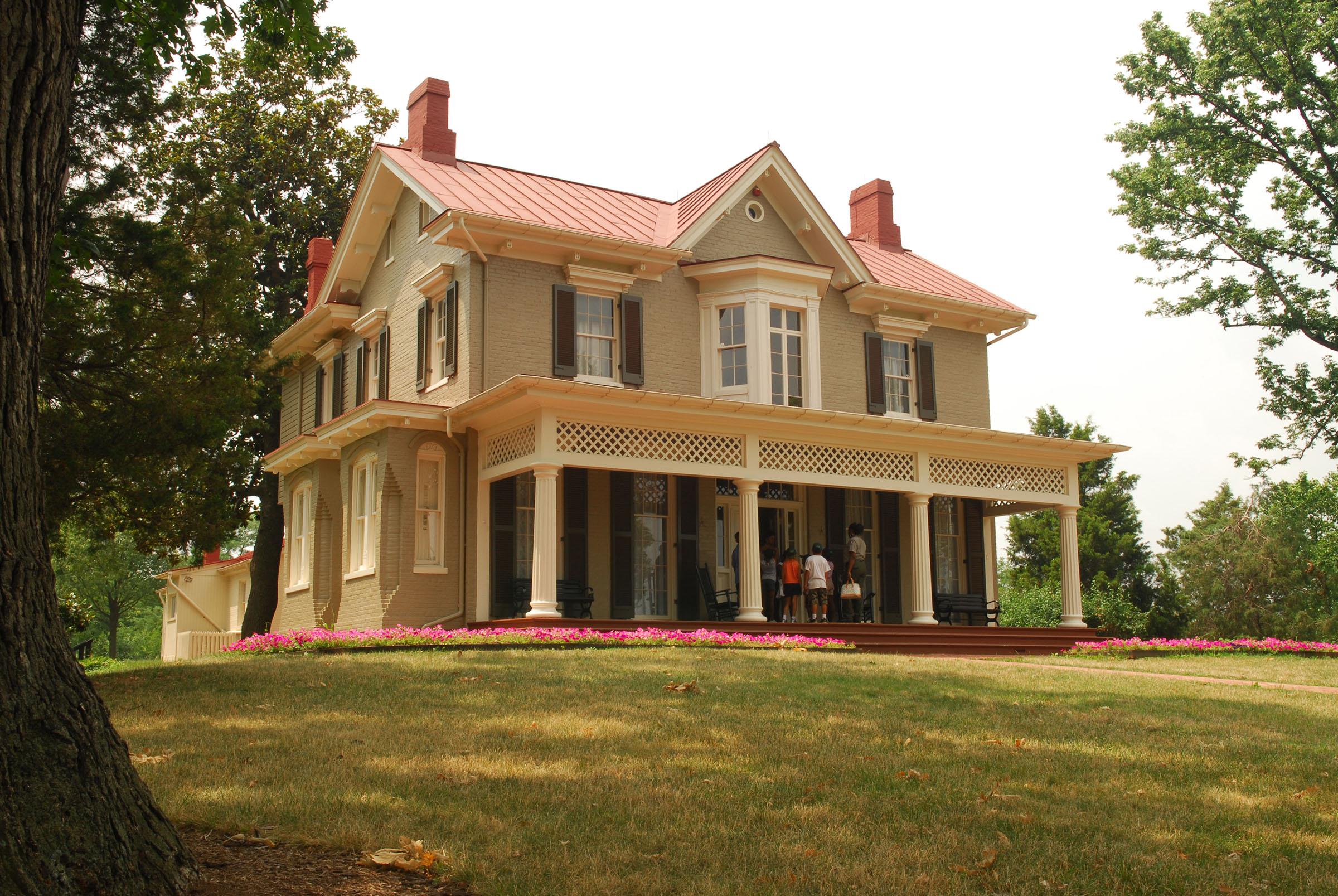 Cedar Hill: Frederick Douglass\'s Rustic Sanctuary (U.S. National ...