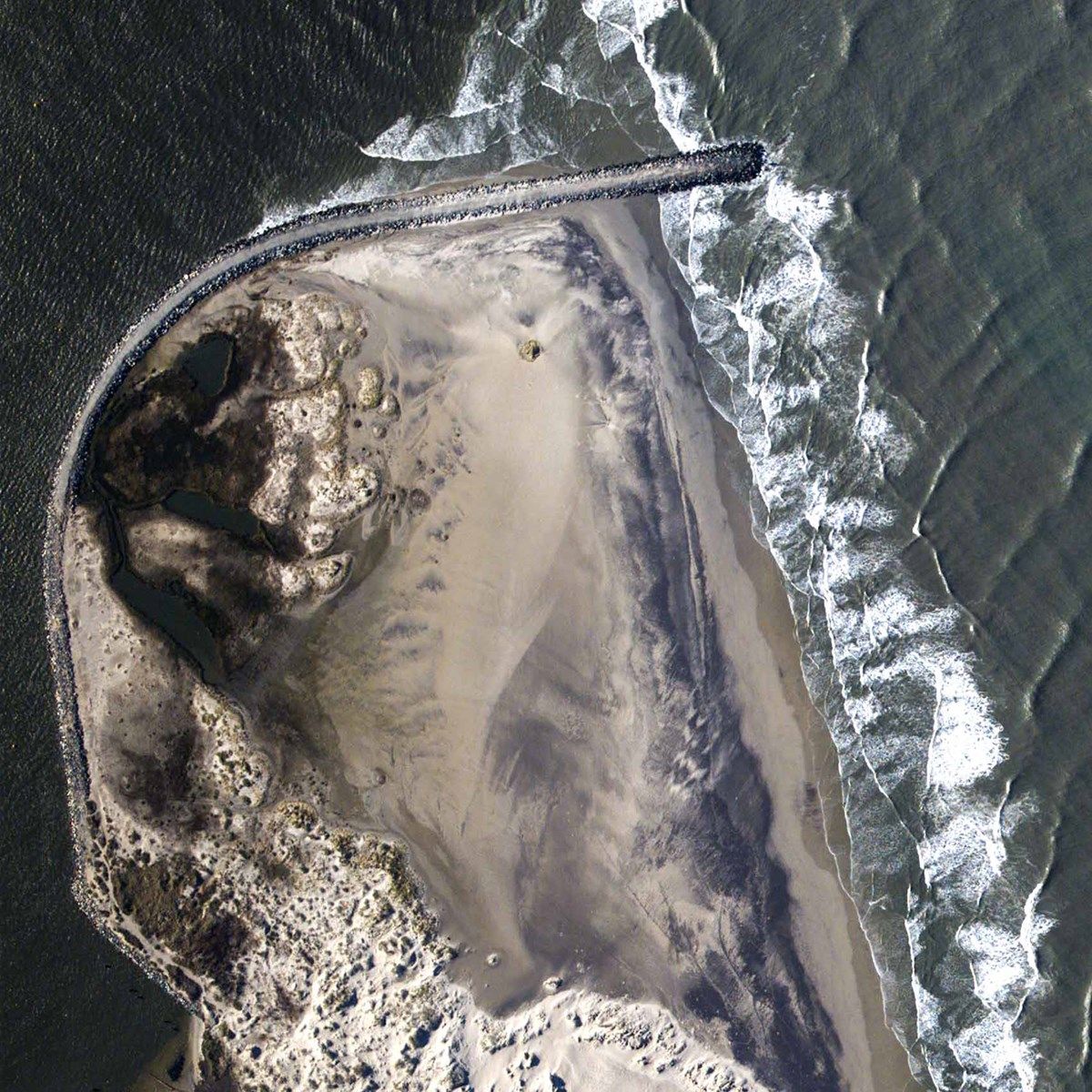 arial photo of shoreline