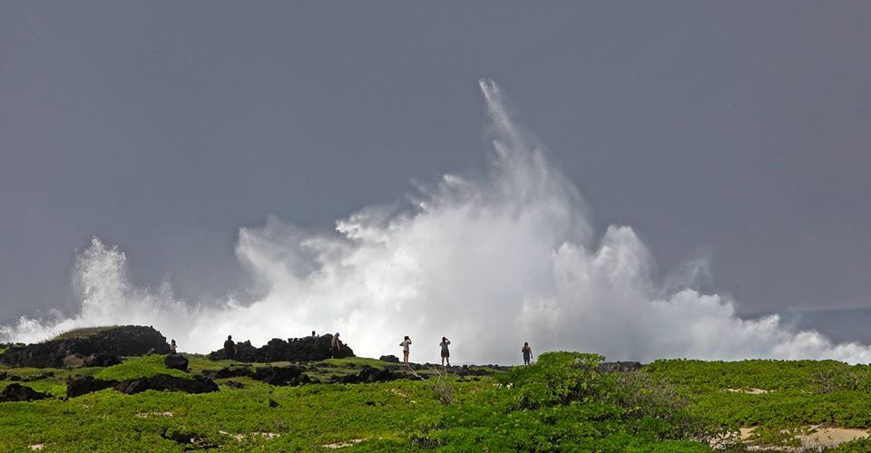 spray from large wave