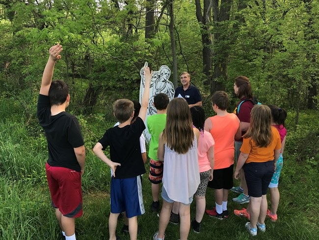 4th grade field trip at Native Lands County Park, site of Susquehannock town