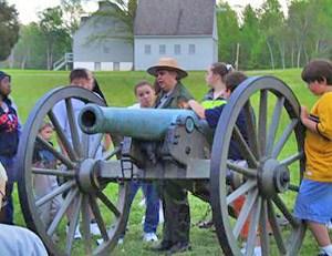 Students at Richmond National Battlefield enjoy learning about the Civil War.
