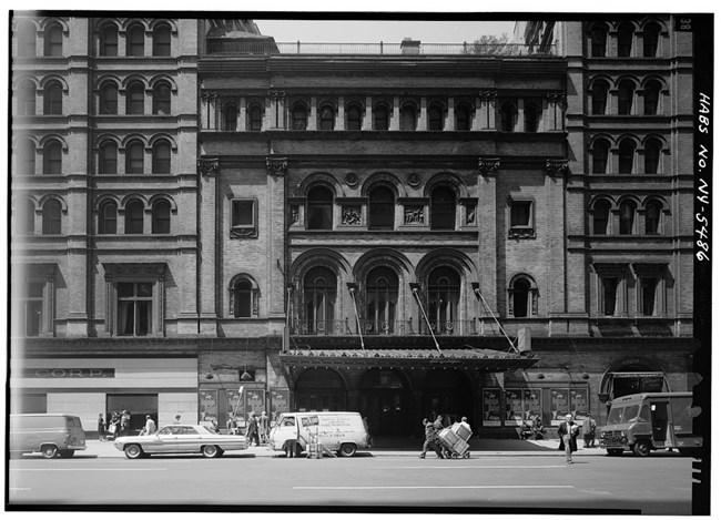 Pleasing Metropolitan Opera House National Historic Landmarks U S Home Interior And Landscaping Analalmasignezvosmurscom