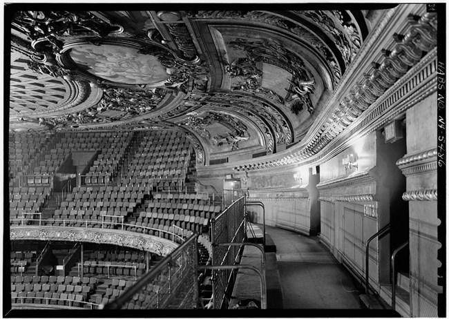 Marvelous Metropolitan Opera House National Historic Landmarks U S Home Interior And Landscaping Analalmasignezvosmurscom