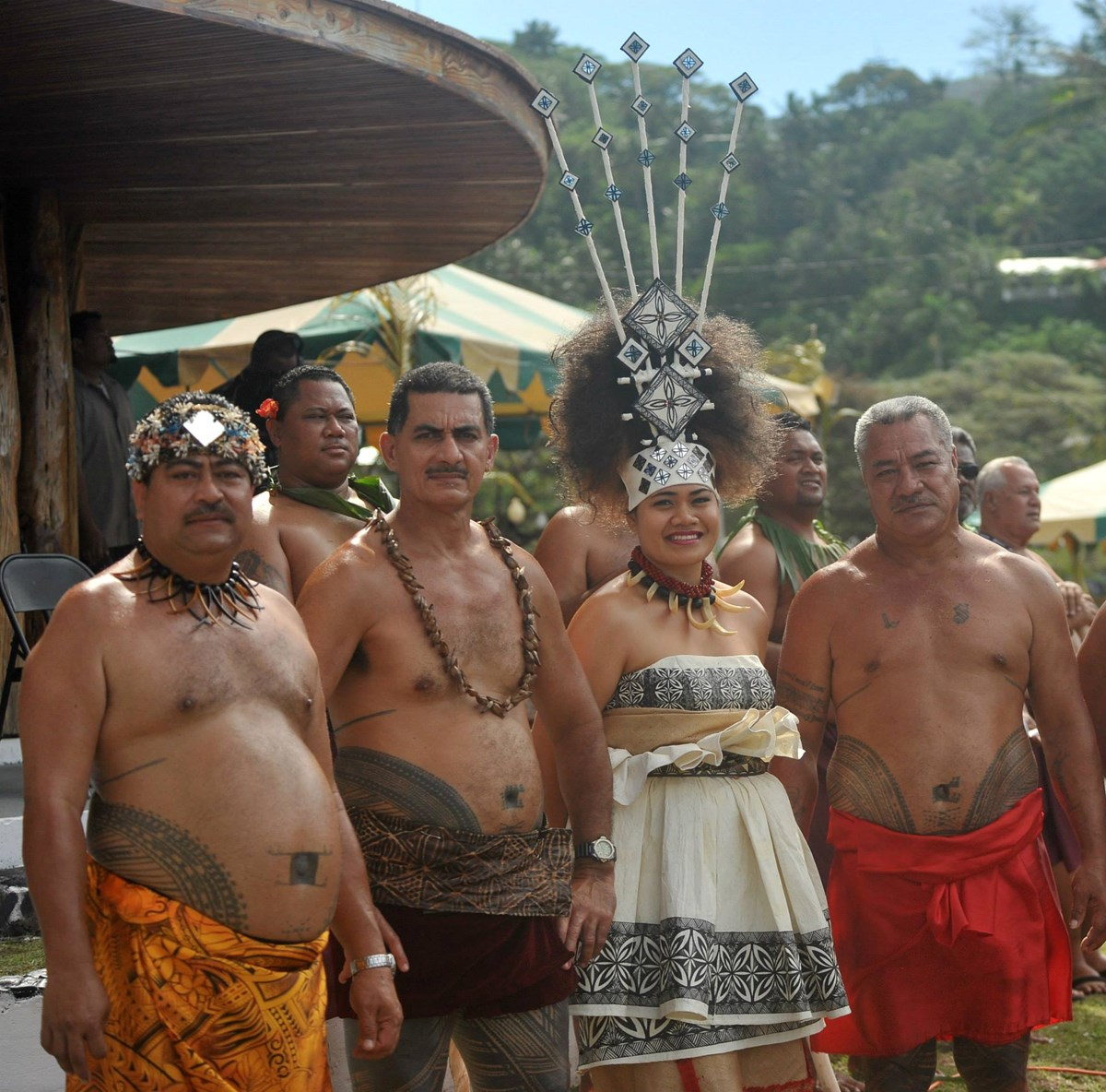 samoan chiefs and taupou in traditional clothing