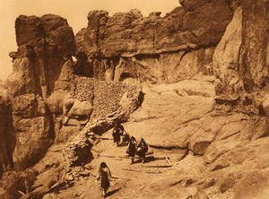 Entrance to Acoma Pueblo in 1904.