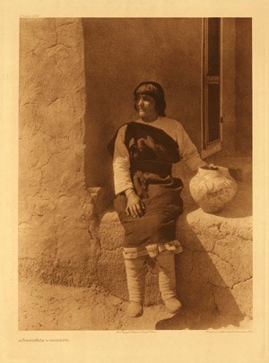 Aiyowitsa, a woman from Cochiti. c. 1925