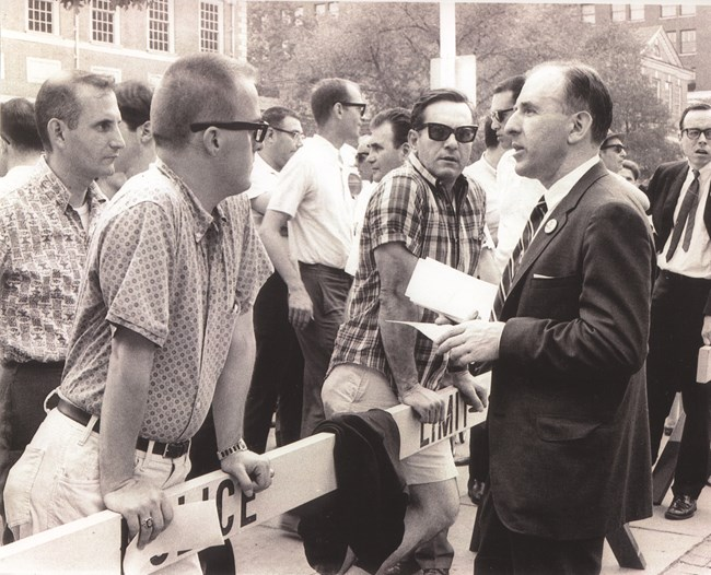 Frank Kameny speaks to onlookers at Reminder Day 1965.
