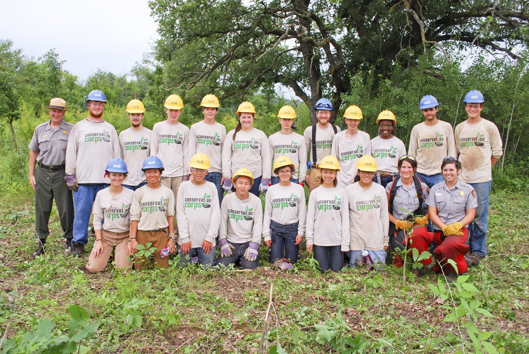 Youth conservation corps members 2015