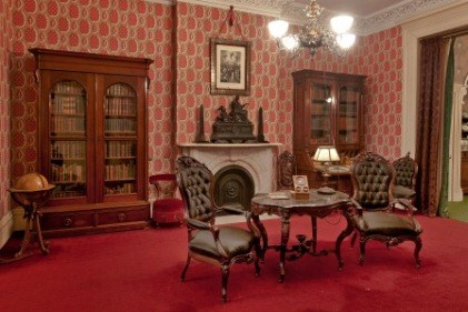 The library at Theodore Roosevelt Birthplace.