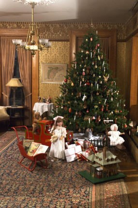 History Of The Christmas Tree For Kids