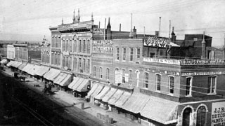 Preservation Brief 44 The Use Of Awnings On Historic