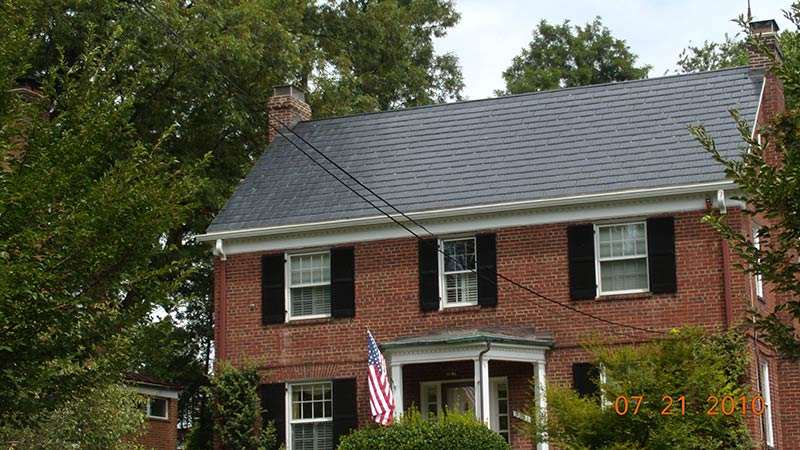 Roofs sustainability guidelines technical preservation for Metal roof pictures brick house