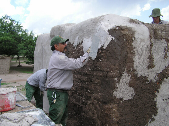 Lime plastering the convento