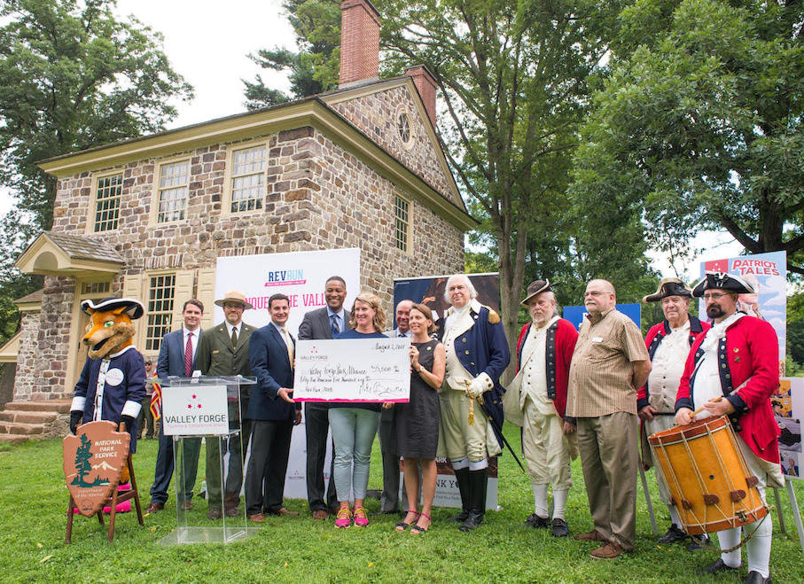 Donation Participants Stand in Front of Washington's Headquarters