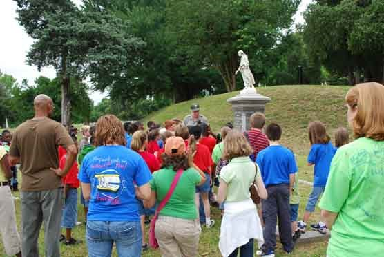 Ranger-led School Program, Vicksburg National Cemetery