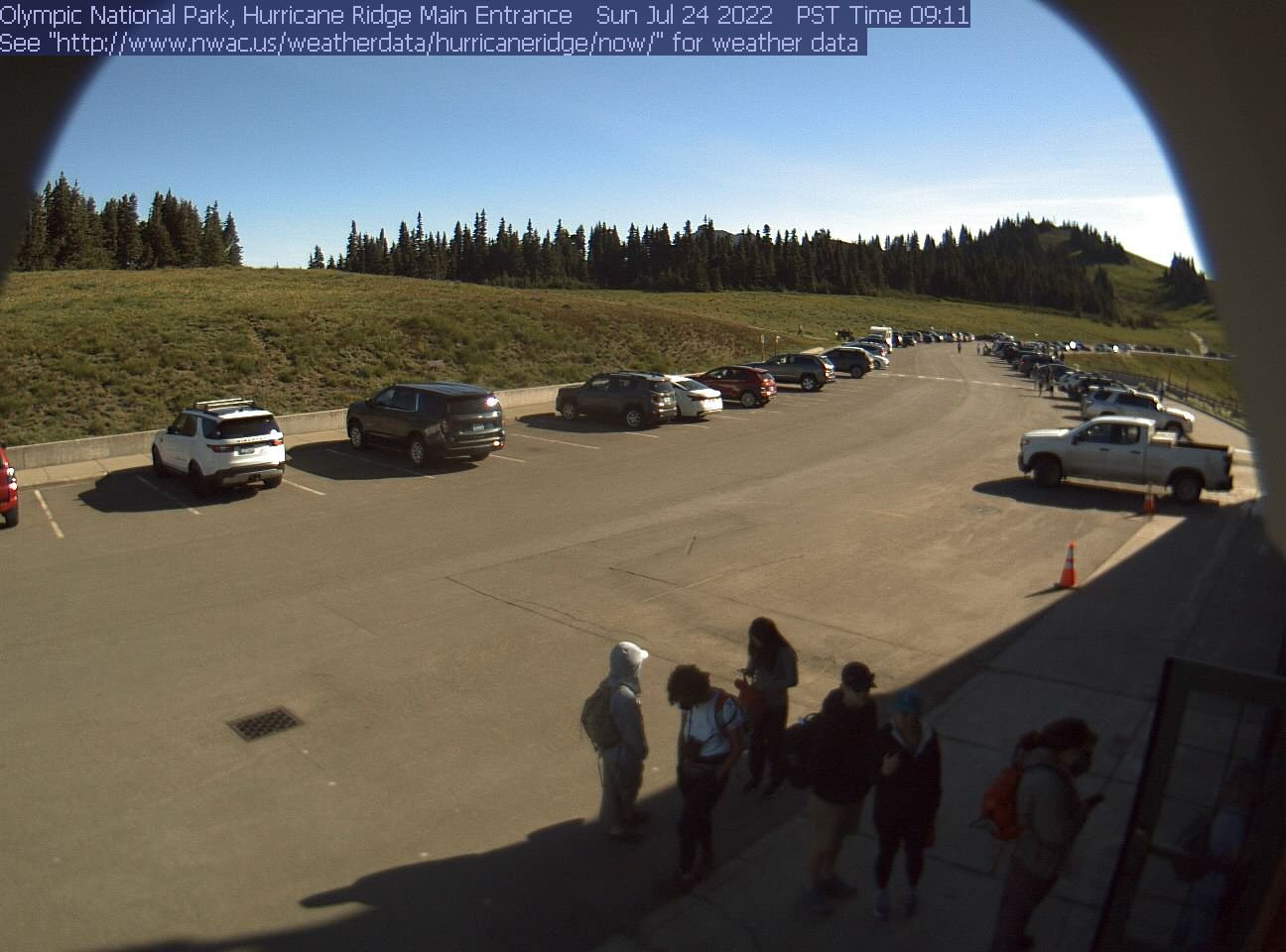 View from north side of Hurricane Ridge Visitor Center