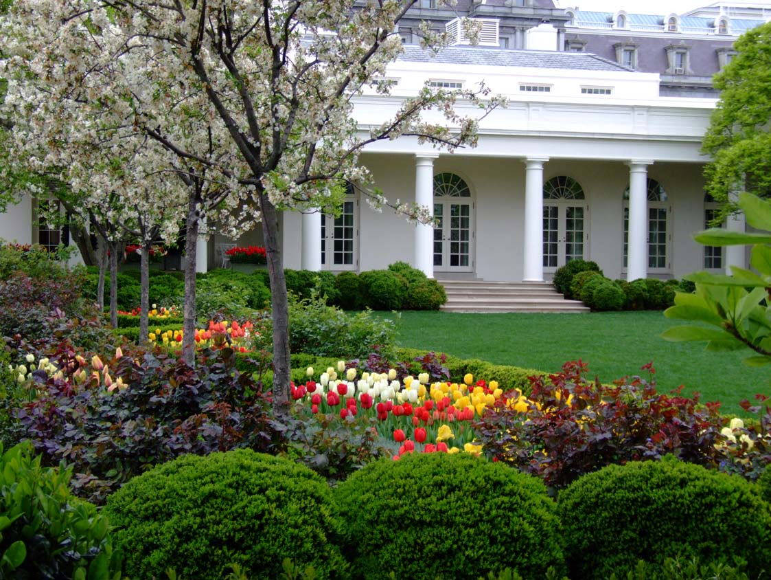 White house announces 2011 spring garden tours president for House landscape