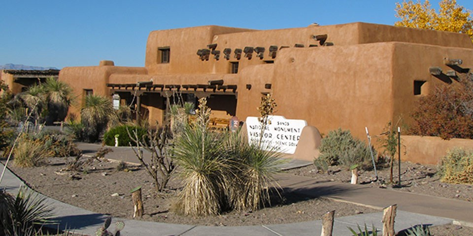 White Sands National park's adobe visitor center's front façade.
